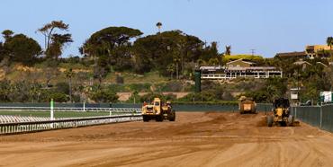 Del Mar Modifies Main Track